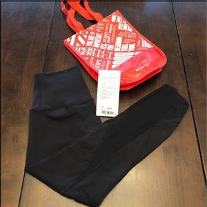 Lululemon Wunder Under Cropped Scallop, 4, EUC